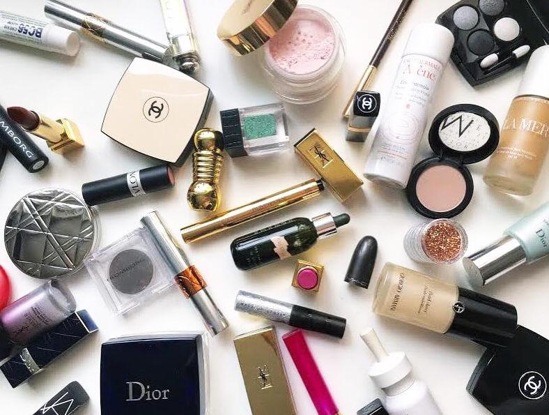 springcleaning-makeup